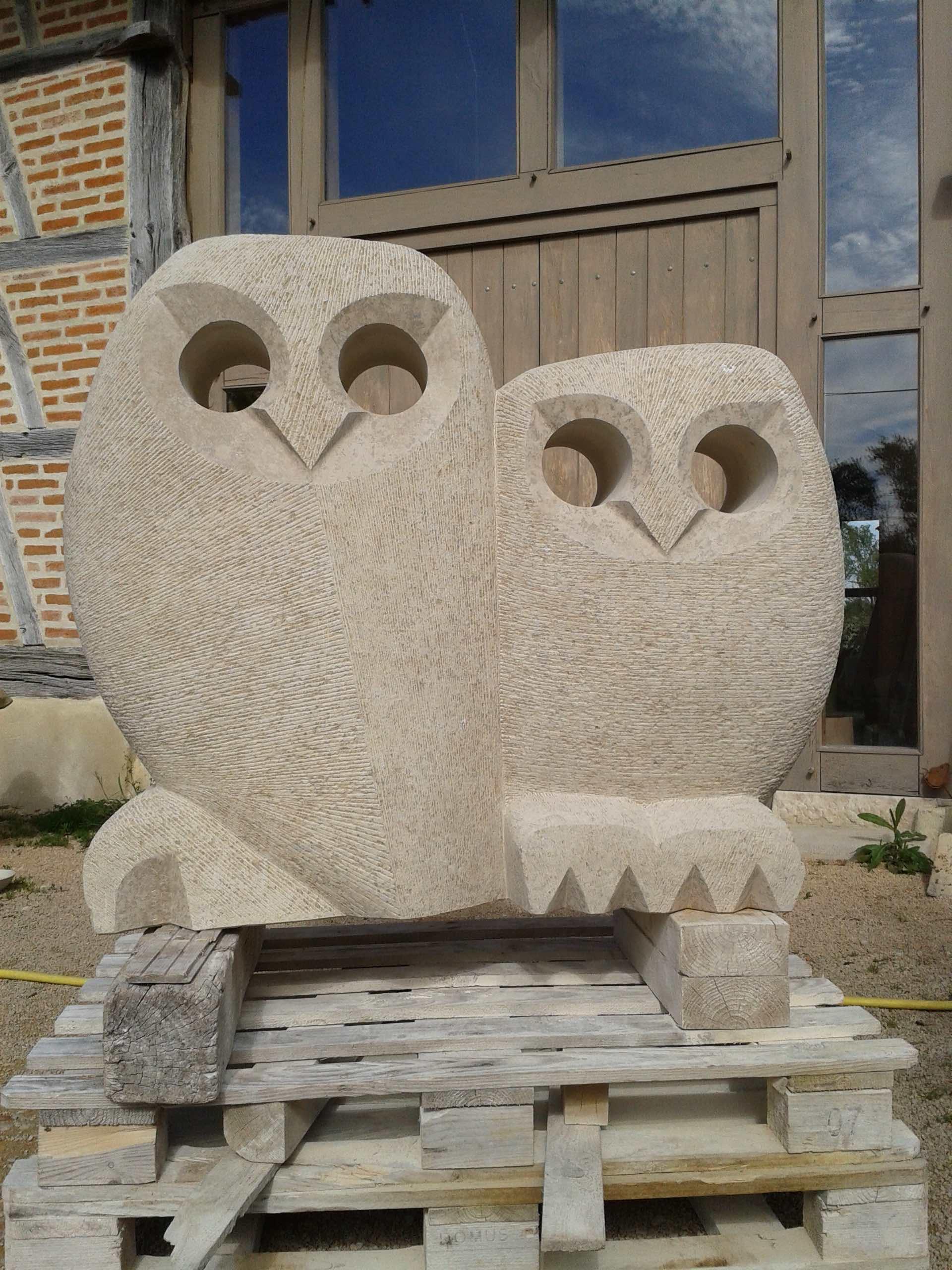 sculpture chouette archives atelier de taille de pierre en bourgogne du sud. Black Bedroom Furniture Sets. Home Design Ideas
